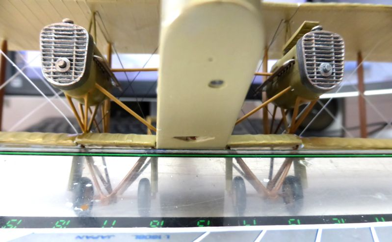 Airfix....Handley Page 0/400 - Page 2 J20-8_10