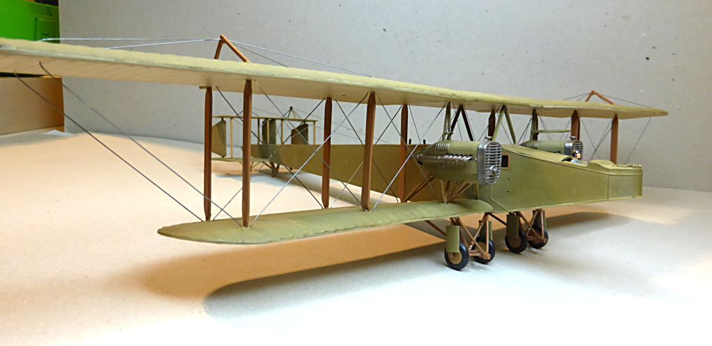 Airfix....Handley Page 0/400 - Page 3 J21-1210