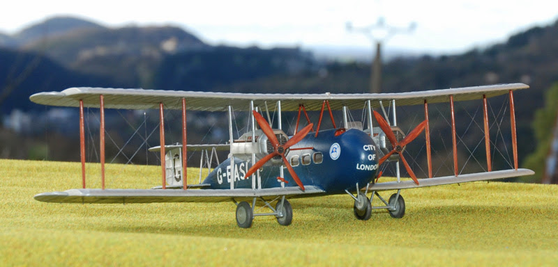 Airfix....Handley Page 0/400 - Page 2 Vimi10