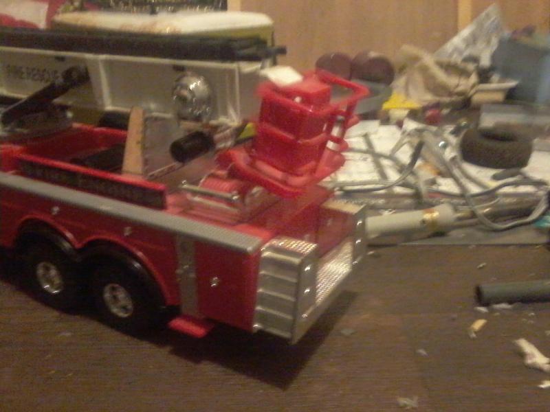 Futur camion de pompier en 6x6  !! - Page 2 Photo114