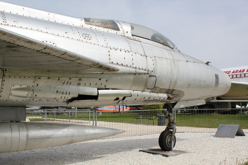 mig 21 f13  1/48 trumpeter 296_co10