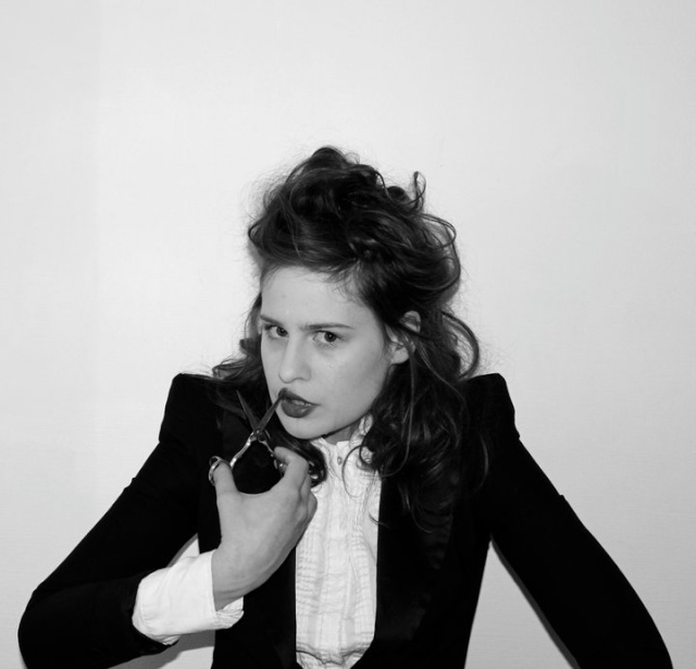 CHRISTINE & THE QUEENS - Queen of Pop. - Page 4 18098110