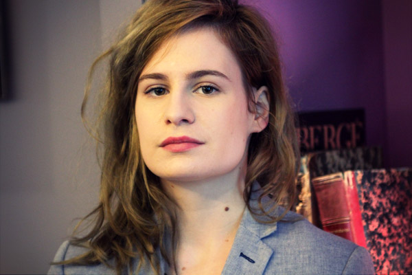 CHRISTINE & THE QUEENS - Queen of Pop. - Page 4 8catq11