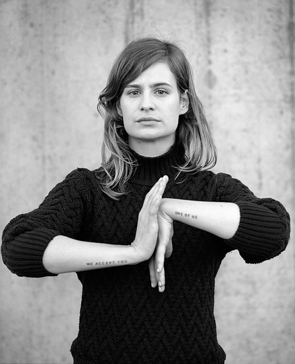 CHRISTINE & THE QUEENS - Queen of Pop. - Page 4 Arnopa14