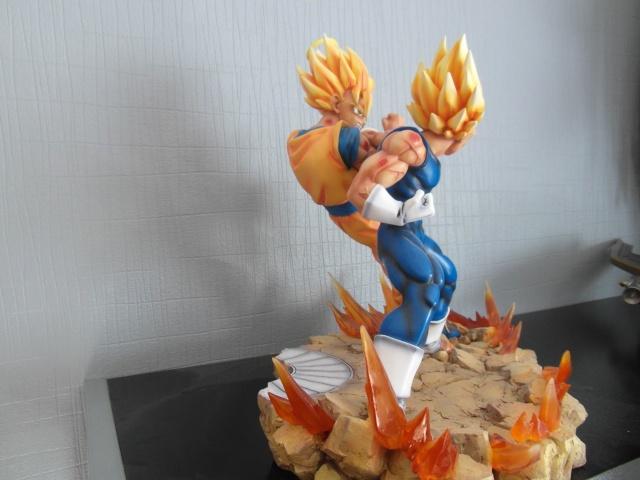 VKH : SSJ2 Goku VS Majin Vegeta Sam_0211