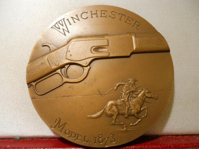 Médaille centennaire de la mort de Oliver Winchester S-l16010