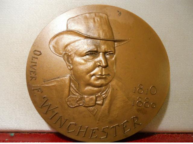 Médaille centennaire de la mort de Oliver Winchester S-l16011