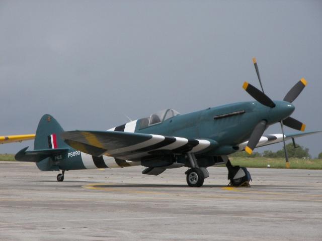 [Encyclo] Spitfire : armement & versions Spitfi18