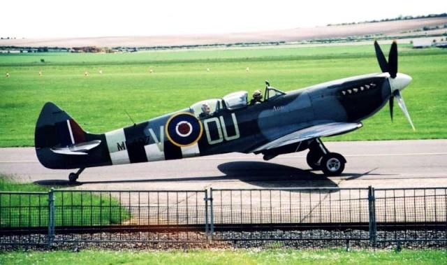 [Encyclo] Spitfire : armement & versions Spitfi22