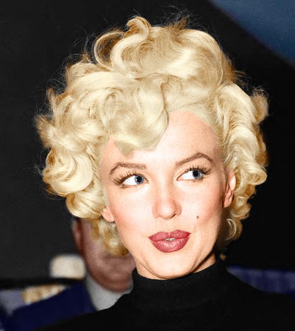 Marilyn Monroe: Korea USO Tour Février 1954.  FINIE Marily10
