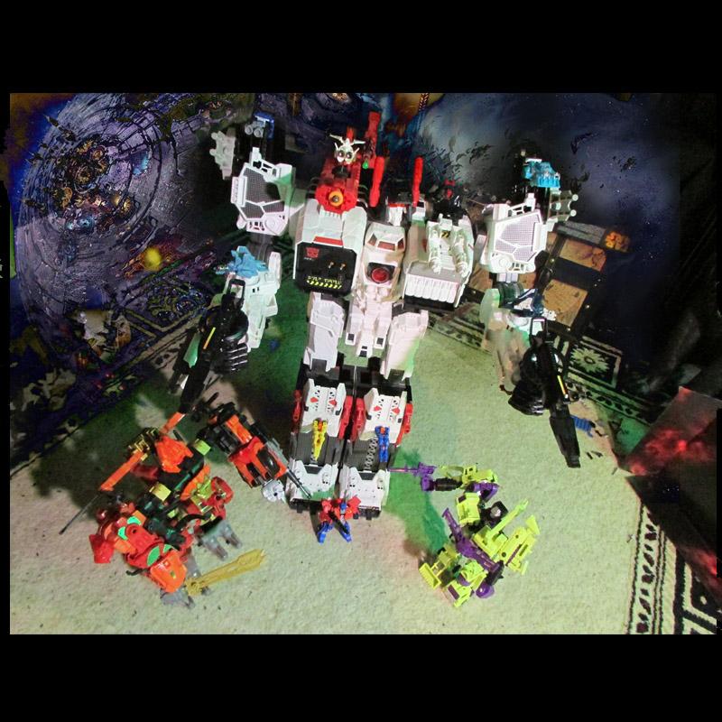 Guerres Transformers! Montrez-moi vos batailles et guerres épiques en photo ici. - Page 6 Metrop10