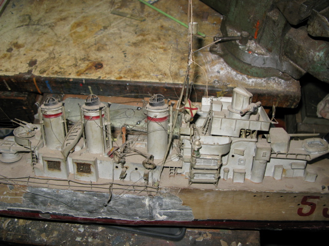 Un défi a relever le Torpilleur Simoun,échelle 1/100, à restaurer Img_0325