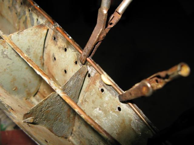Un défi a relever le Torpilleur Simoun,échelle 1/100, à restaurer Img_0328
