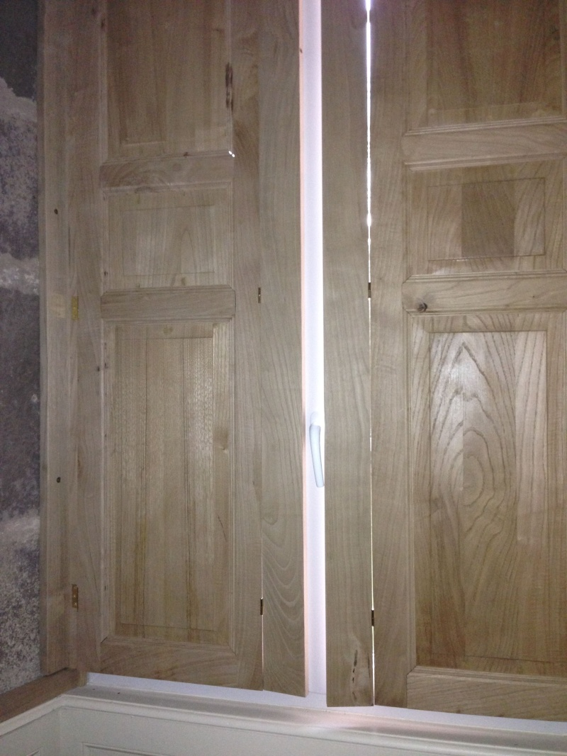 Première réalisation : volets intérieurs en bois - Page 2 Img_2820