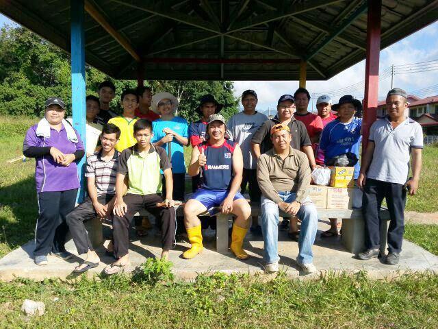 Gotong-royong membersihkan kawasan KRT Tmn Tropicana -28feb2015 Photo_36