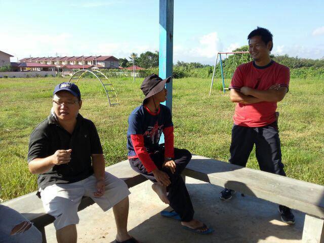Gotong-royong membersihkan kawasan KRT Tmn Tropicana -28feb2015 Photo_40