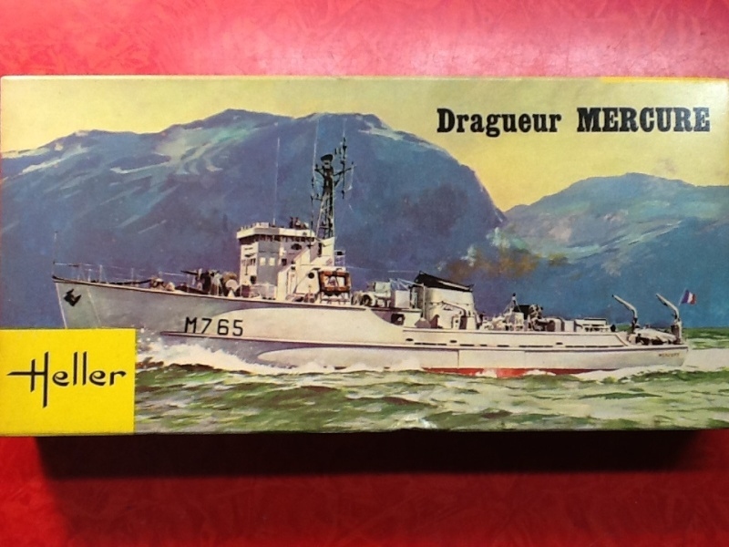 Dragueur MERCURE 1/400ème Ref Helle499