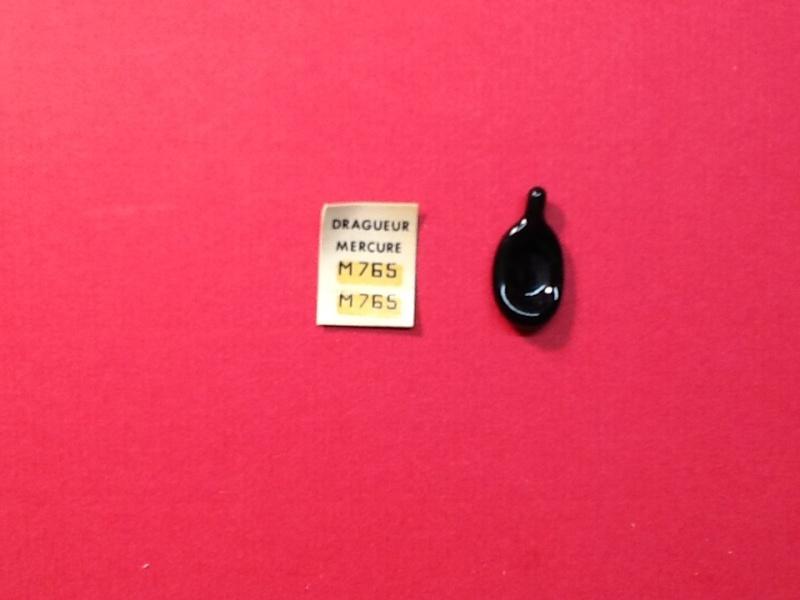 Dragueur MERCURE 1/400ème Ref Helle503