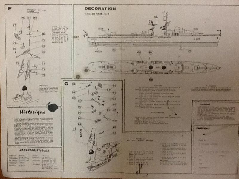 Escorteur d escadre T 47 A SURCOUF 1/400ème Réf L540 Notice Helle660