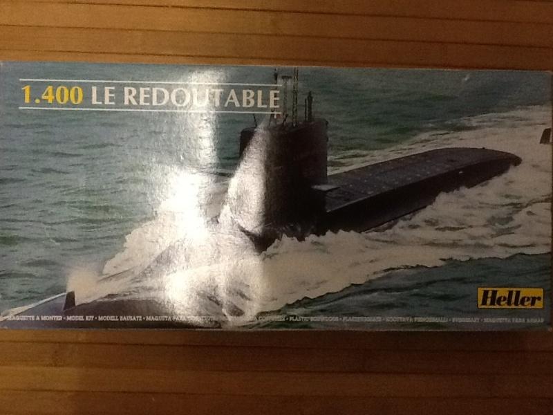 Sous-marin nucléaire  lanceurs d engins SNLE Le REDOUTABLE 1/400ème ref Helle801