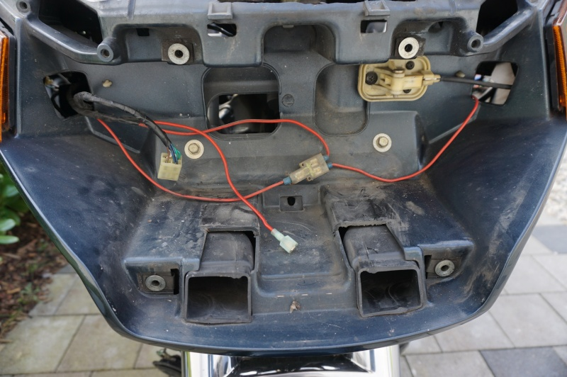 Remise à niveau du circuit électrique - RESOLU Dsc00313