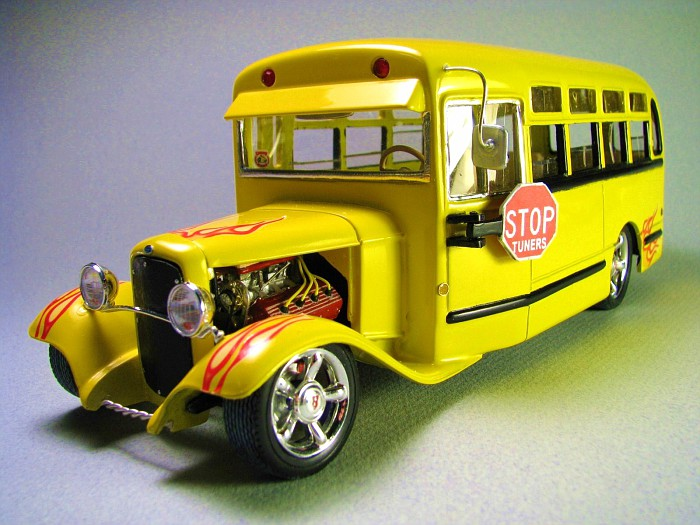 ford 32 school bus resin Img_5310