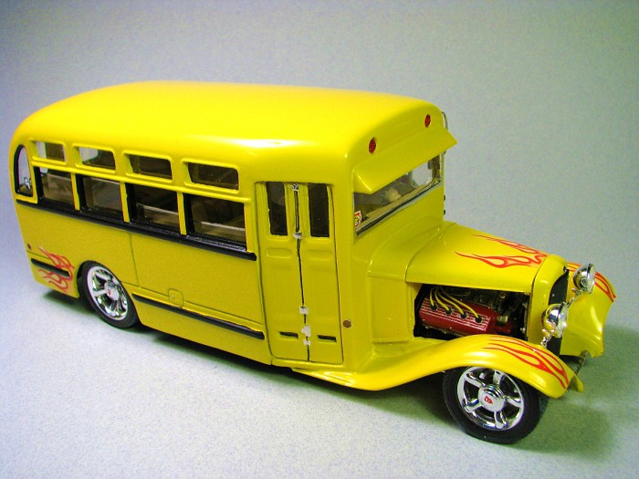 ford 32 school bus resin Img_5410