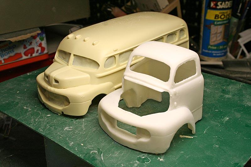 "FORD 1948 COE ""short bus"" woody : le WIP (suite du 18/04/15) Img_8929"