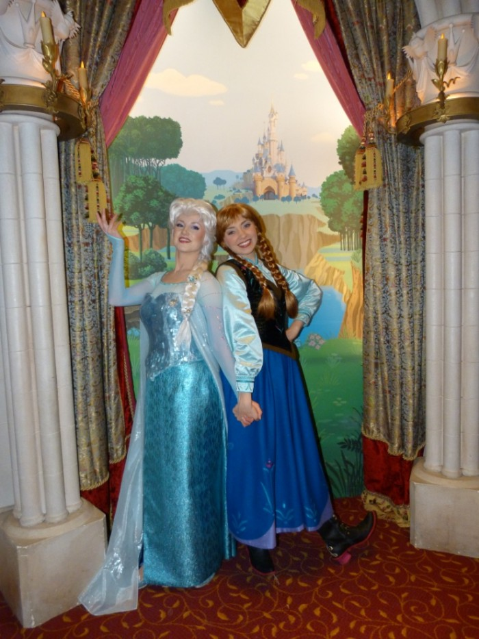Un premier séjour magique pour le noël 2014 à Disney - Page 3 Anna_e10