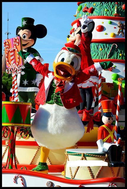 Un premier séjour magique pour le noël 2014 à Disney - Page 7 La_cav47