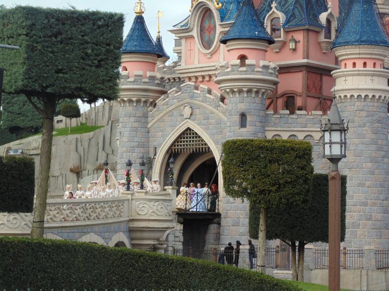 Un premier séjour magique pour le noël 2014 à Disney - Page 6 La_pro10