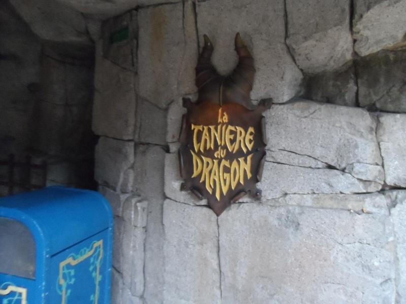 Un premier séjour magique pour le noël 2014 à Disney - Page 4 La_tan10