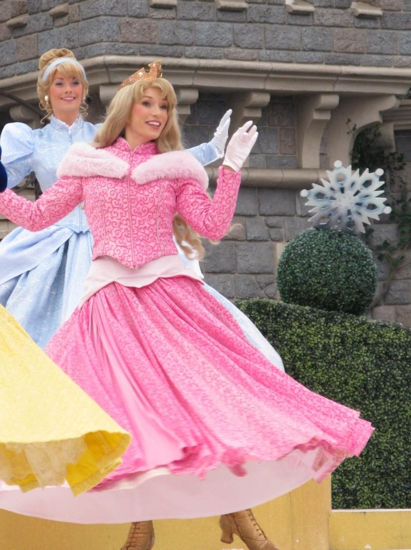 Un premier séjour magique pour le noël 2014 à Disney - Page 6 Le_spe11