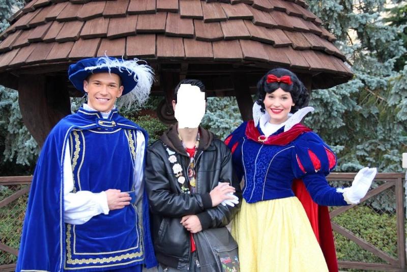 Un premier séjour magique pour le noël 2014 à Disney - Page 6 Notre_23