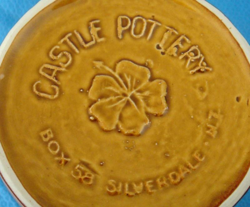Castle Pottery Mug Dsc04913