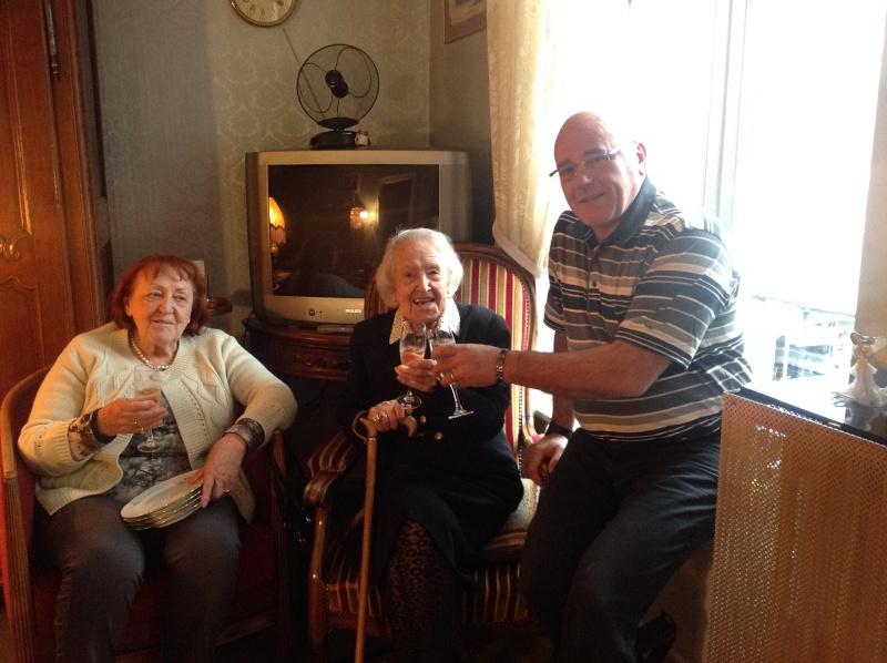 Preuves de vie récentes sur les personnes de 107 ans - Page 28 Margue10