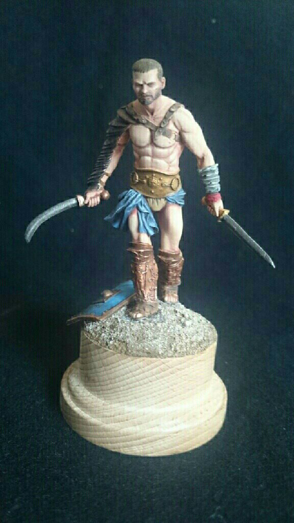 Spartacus - Le Thrace Scale 75 Mms_im28