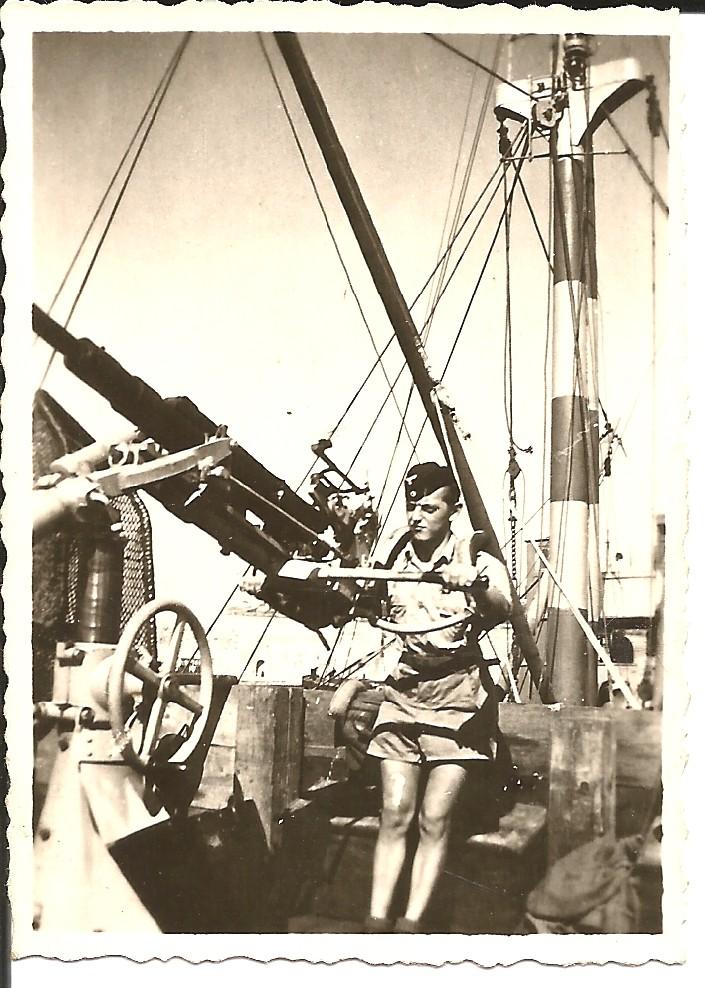 Marine-Flak à Marseille en juillet 1944 44-710