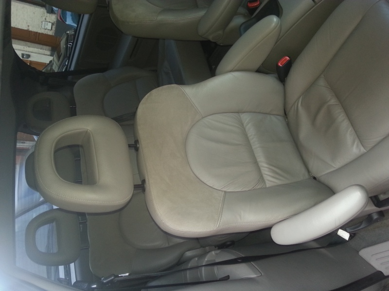 mon grand voyager 2.5 CRD limited 20150114