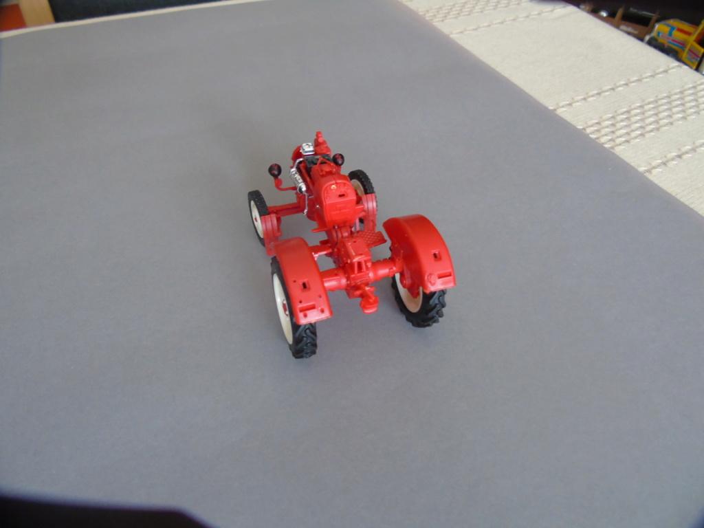 Traktor Porsche Diesel Revell 1:24 - gebaut von Klausgrimma Dsc02990
