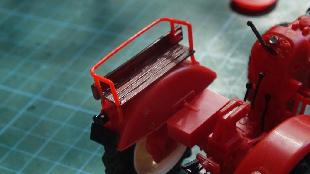 Traktor Porsche Diesel Revell 1:24 - gebaut von Klausgrimma Porsch47