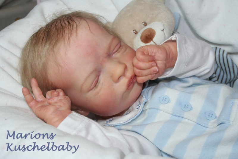 REALBORN . . Presley Asleep Supi_k11