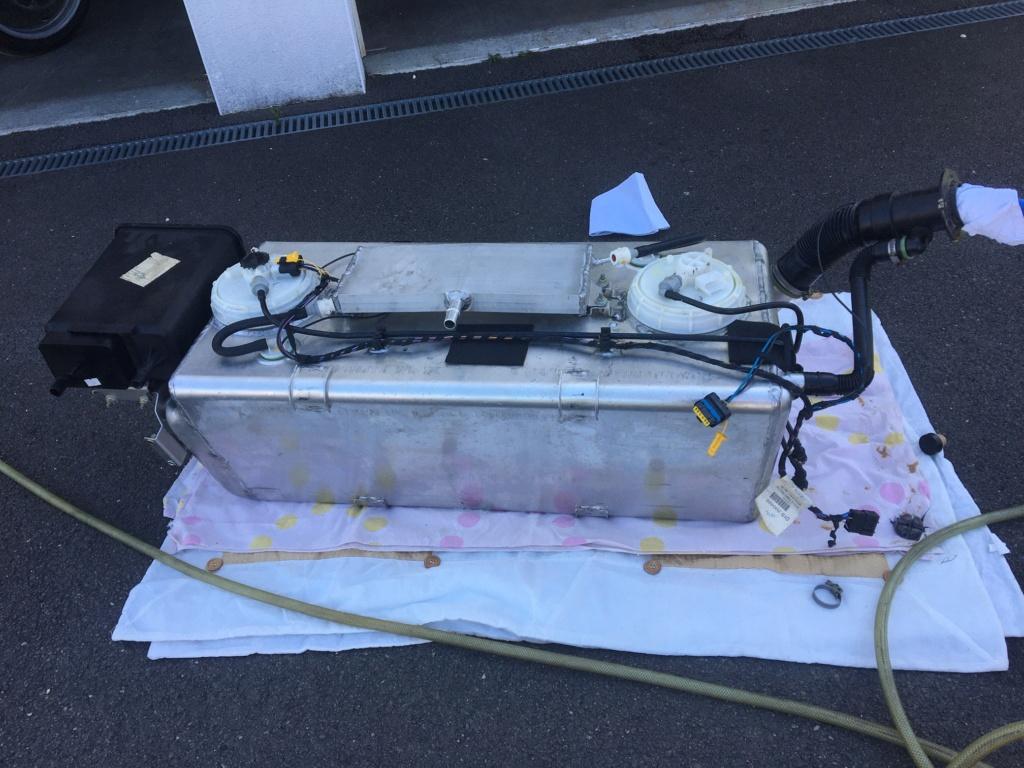 Fuite essence dans le coffre Img_7510