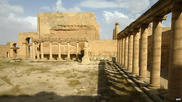 Islamic state 'demolish' ancient Hatra site in Iraq Iraq110