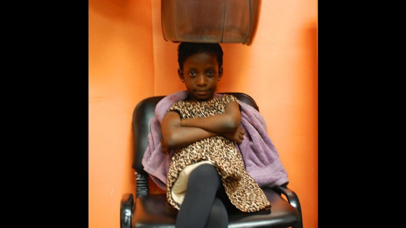 In pictures: Nigerian banker turned hairstylist spins money N610