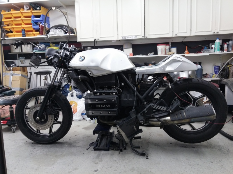 BMW K75 goes cafe racer 20141214