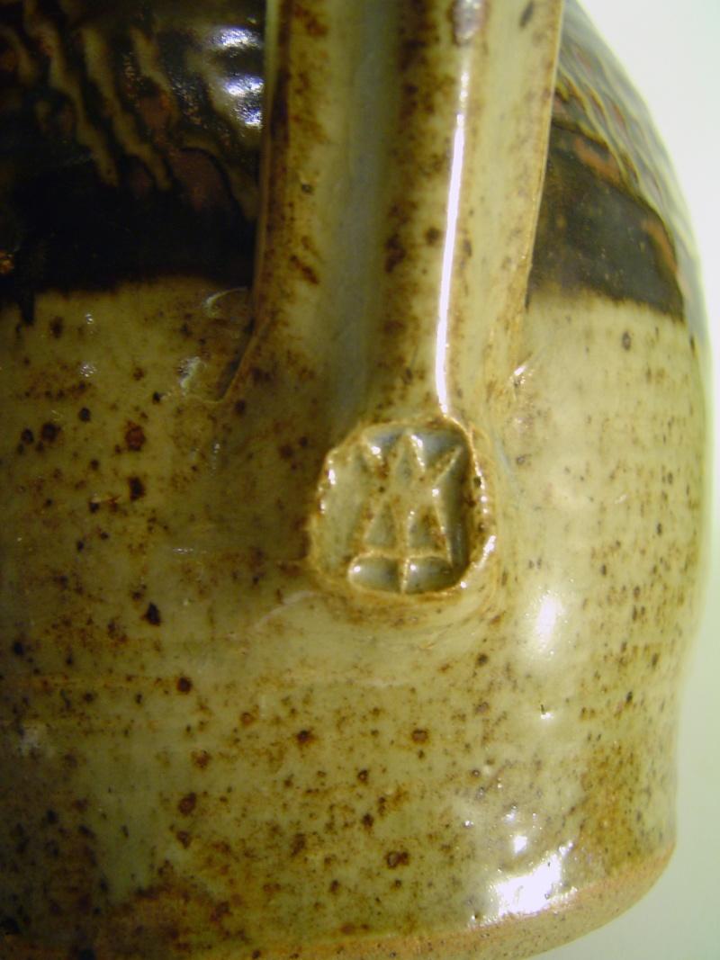 Peter Arnold - Alderney Pottery Dsc04113