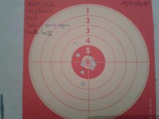 Présentation de mon crosman 1377 (pc77b) modifier et quelques tirs sur cartons. Cible_15