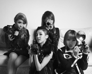 2NE1 pour Chrome Hearts x Shinsegae 13947910