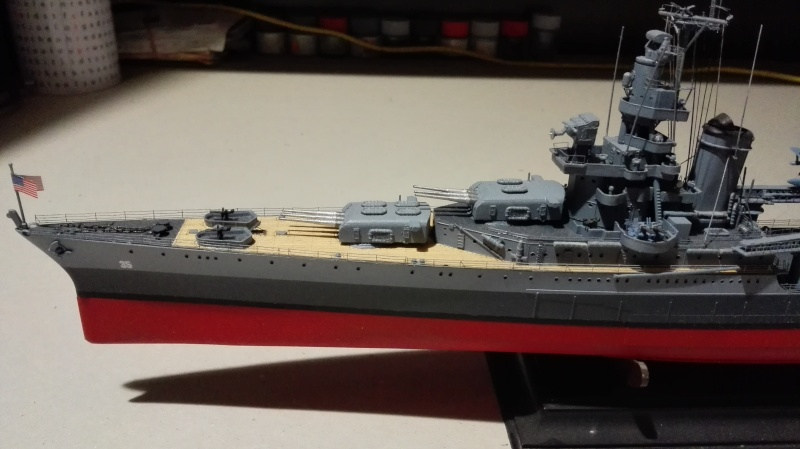 Heavy Cruiser USS Indianapolis CA-35 1/350 Académie ref. 14107  Img_2012